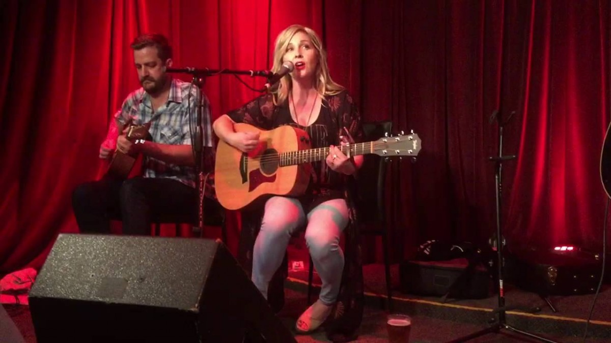 Sunny Sweeney Booking Agency | Sunny Sweeney Event Booking